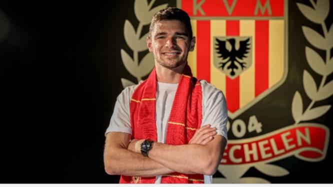 Football Talk. Transfer Hugo Cuypers naar KV Mechelen rond - Ciranni voor drie jaar naar Essevee - Einde verhaal voor Milicevic bij Seraing