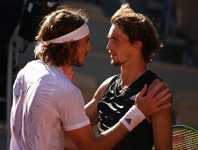 Zverev et Tsitsipas lors de leur demi-finale à Roland-Garros, en juin dernier.