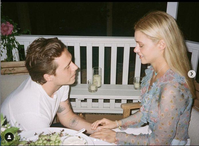 Foto: Brooklyn Beckham vraagt Nicola Peltz ten huwelijk