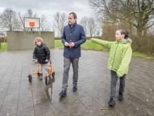 Timo (10) uit Kattendijke scheef brief naar de gemeente: 'Graag een skatebaan en klimbos'