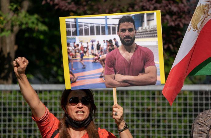 Ook in de Duitse hoofdstad Berlijn verzamelden mensen voor de Iraanse ambassade.