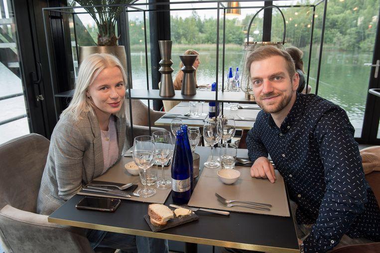 """Eind juni opent Miette Dierckx, bekend van Mijn Pop-uprestaurant, een eigen pop-up met wederhelft. """"Geïnspireerd door de vele reizen die ik samen met mijn vriend Jonas heb gedaan. Maar Dinner on the Lake is echt een uniek concept. Had ik het maar zelf uitgevonden."""" (lacht)"""