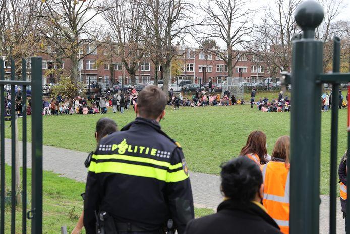 Twee scholen zijn ontruimd vanwege een gaslekkage op de Beijersstraat in Den Haag