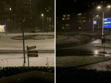 Timelapse laat de sneeuwval op rotonde in Hilversum zien