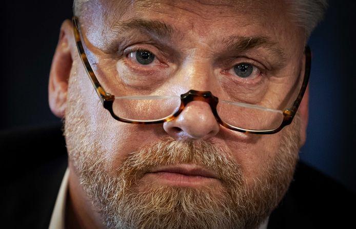Advocaat Peter Schouten heeft bezwaar ingediend en dreigt met een miljoenenclaim.