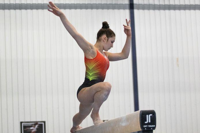 Fien Enghels gymnastiek turnen