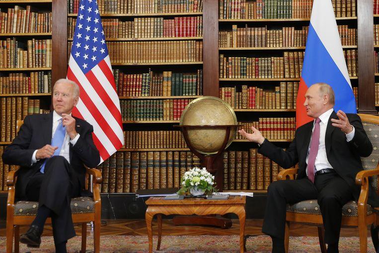 Biden en Poetin ontmoeten elkaar in Villa La Grange in Genève. Beeld EPA
