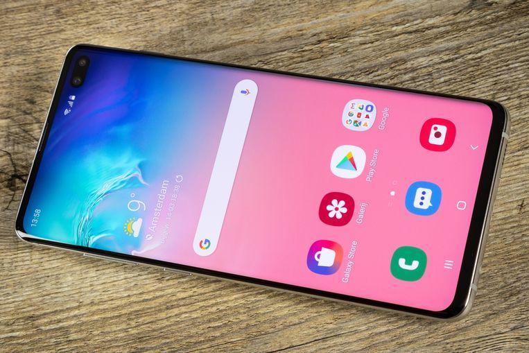 De Samsung Galaxy S10e. Beeld Tweakers