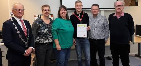 Hardenberg stopt met jeugdlintjes: te weinig kandidaten