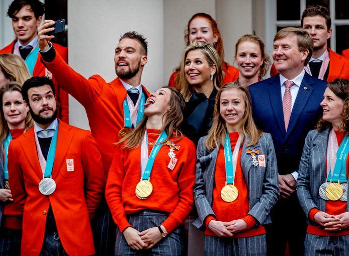 Huldiging Olympische medaille-winnaars op Paleis Noordeinde. Gouden medaillewinnaars leven korter, blijkt uit Duits onderzoek.