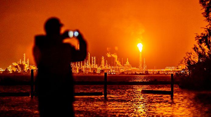Het affakkelen bij Shell Moerdijk oktober vorig jaar was in de regio goed te zien.