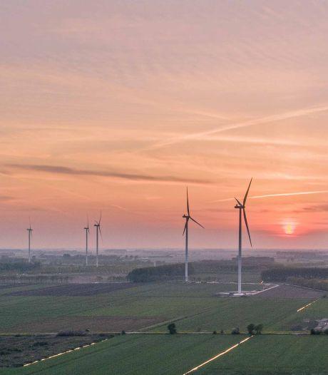 Oss en Den Bosch vervolgen route naar polder vol windmolens en zonnevelden, aantal van 49 turbines genoemd