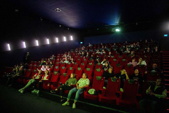 'Coronaproof' naar de bioscoop in Pathe De Kuip