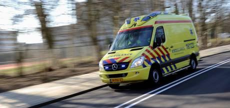 Jongen (15) gewond in Edam, vermoedelijk door messteek