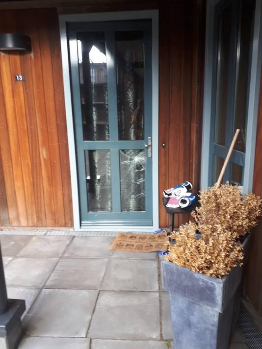 Een woning aan de Vuistbijl waar de politie vanmorgen is binnengevallen in verband met het onderzoek naar spookwoningen in Ypenburg