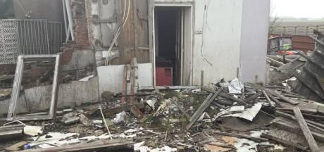 Puinhoop bij afgebroken woning Sint Anotinedijk moet binnen drie maanden weg zijn