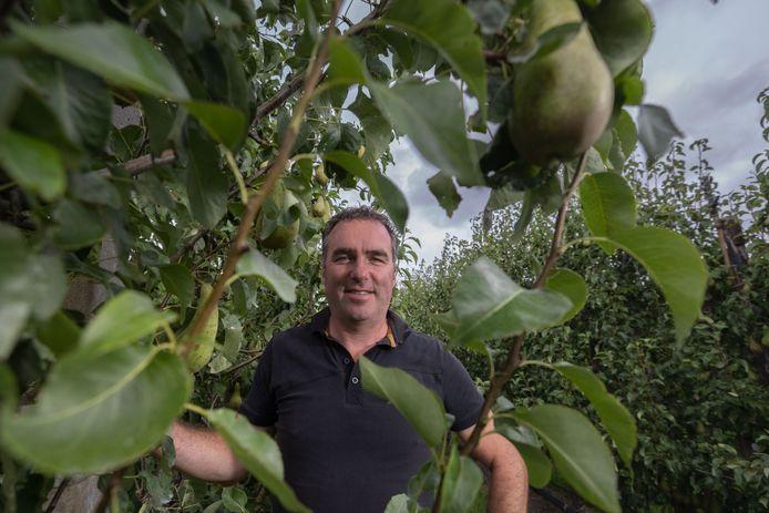 Leander Vereecken krijgt veel positieve reacties van buurtbewoners voor de huisvesting van 32 arbeidsmigranten bij zijn bedrijf Vereecken Fruit.
