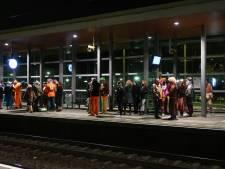Carnavalsvierders moeten door aanrijding op het spoor noodgedwongen via Rotterdam Centraal