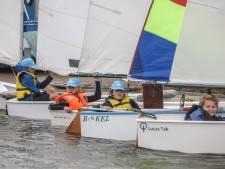 Pittige wind voor 'olympische' zeilers in de dop