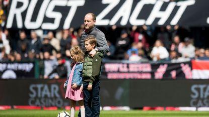 Antwerp-fans eren minuut lang Julie Van Espen
