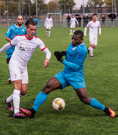 Eerste elftal en vrouwen van Osse voetbalclub DESO uit competitie