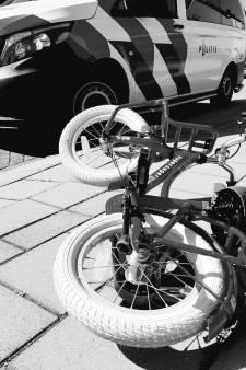 Jochie gewond na uitwijken voor wielrenner, die zonder pardon doorrijdt: politie zoekt getuigen