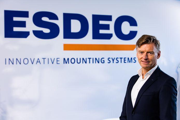 Ceo Erik Valks van het Deventer bedrijf Esdec, specialist in montagesystemen voor zonnepanelen.
