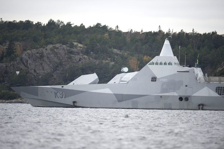 Een Zweeds marineschip op zoek naar buitenlandse activiteit. Beeld reuters