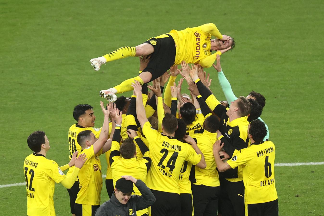 Le Borussia Dortmund n'a laissé aucune chance à Leipzig en finale de la Coupe d'Allemagne.