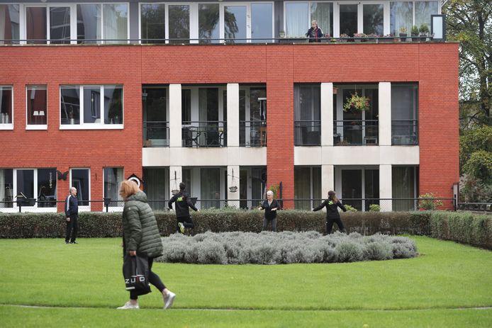 Straatgym bij wooncomplex Cloosterparc in Helmond-Noord.