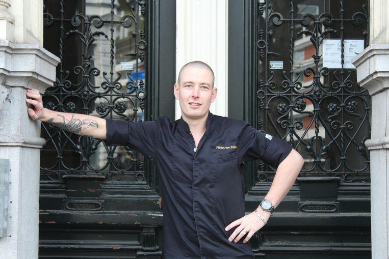 Florian van Dillen, eigenaar van restaurant Mara in Rotterdam en tegenwoordig ook thuiskok. Beeld