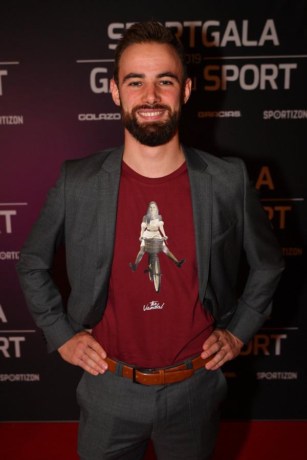 Victor Campenaerts (let vooral op zijn T-shirt met een beeltenis van zijn afwezige vriendin Fanny Lecluyse).