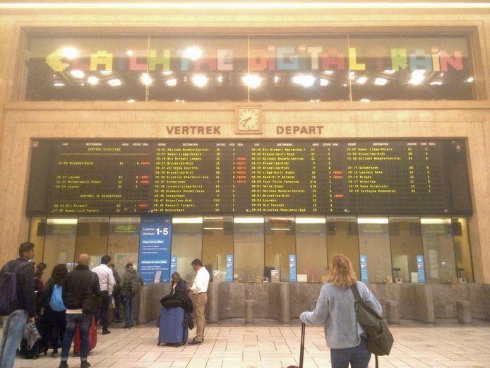 De vertrekhal in Brussel-Centraal.