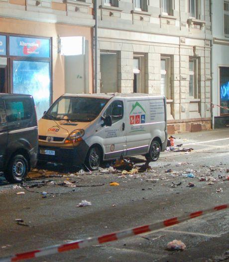 Arrestaties na explosie AfD-kantoor