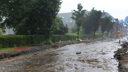 Modderstromen in Dilbeek en Sint-Lievens-Houtem na hevige regenval: gemeentelijk rampenplan afgekondigd