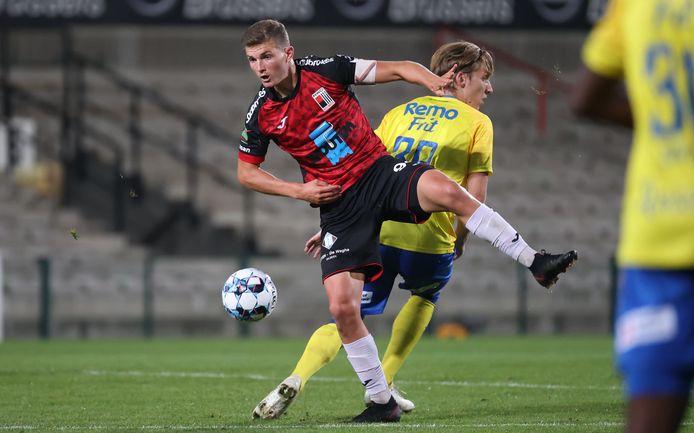 Nicolas Rommens,  op dit beeld in actie tegen Waasland-Beveren, vindt dat RWDM kwalitatief een goede ploeg heeft.