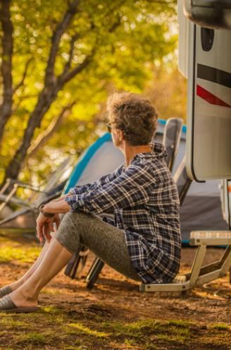"""Wonen in een camper romantisch? """"Je moet vooral voortdurend nadenken over praktische dingen, plannen en flexibel problemen oplossen"""""""