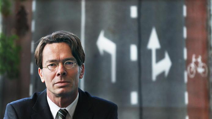 """Peter van der Knaap: ,,Geef handhaving weer serieuze plaats."""""""