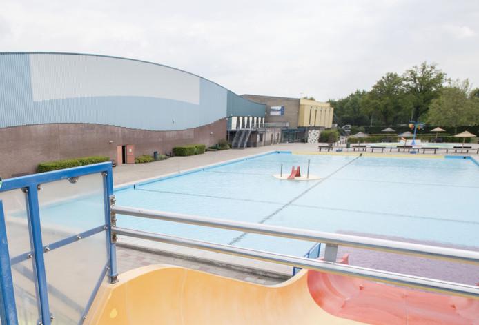 Nieuwe sluitingstijden van zwembad Het Sportpark zorgt bij sommige zwemmers voor wat wrevel.