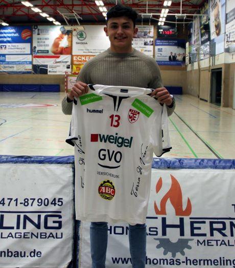 Handballer Thomas Houtepen uit Middelburg gaat in Duitsland voor duizenden toeschouwers spelen