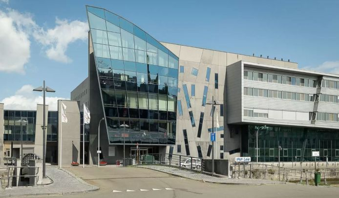 Het ziekenhuis in de Reepkaai in hartje Kortrijk gaat versneld dicht, eind 2025 al