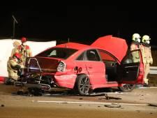 Groot ongeluk op de A50 bij Renkum: twee zwaargewonden