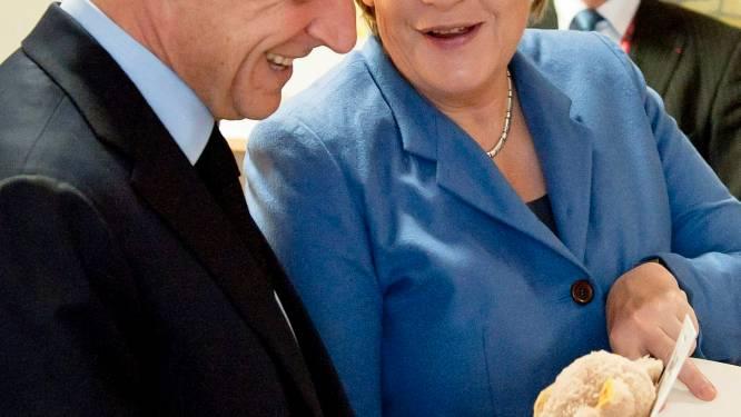 Sarkozy en Merkel beraden zich over Grieks referendum