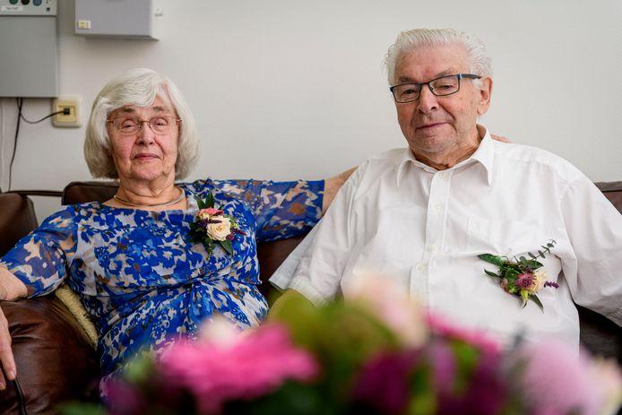 Zestig jaar getrouwd. Jenneke van den Noort en Dinant Kwintenberg uit Rijssen.