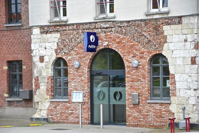 Politiekantoor Grensleie op het Leopoldplein in Menen.