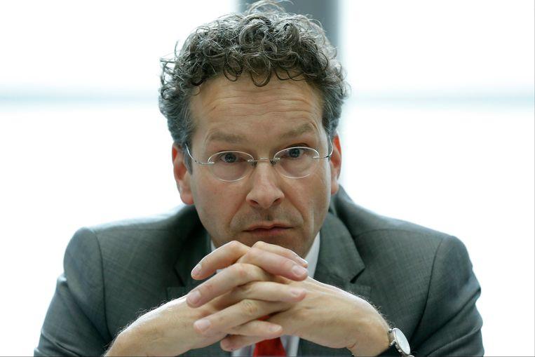 Een bedrukte eurogroepvoorzitter Jeroen Dijsselbloem. Beeld EPA