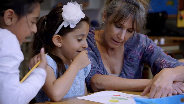 Fragment uit de documentaire De kinderen van juf Kiet. Beeld Youtube