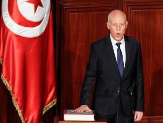 Tunesische president ontslaat ministers van Justitie en Defensie, rellen in Tunis