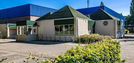 Nieuwe exploitant in beeld voor bar bij sporthal in Olst, maar kan kantine ook weer kroeg worden?