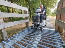 Jan Dekkers stuit met scootmobiel op roosters in Maashorst: 'Dan krijg je opsodemieters'